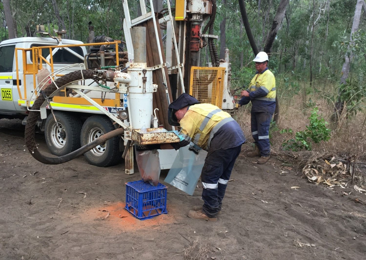 bauxite project Technical report on the bonasika bauxite project including the bonasika 1, 2 and 5 ml, waratilla-cartwright pl and essequibo - demerara pggs claim blocks.