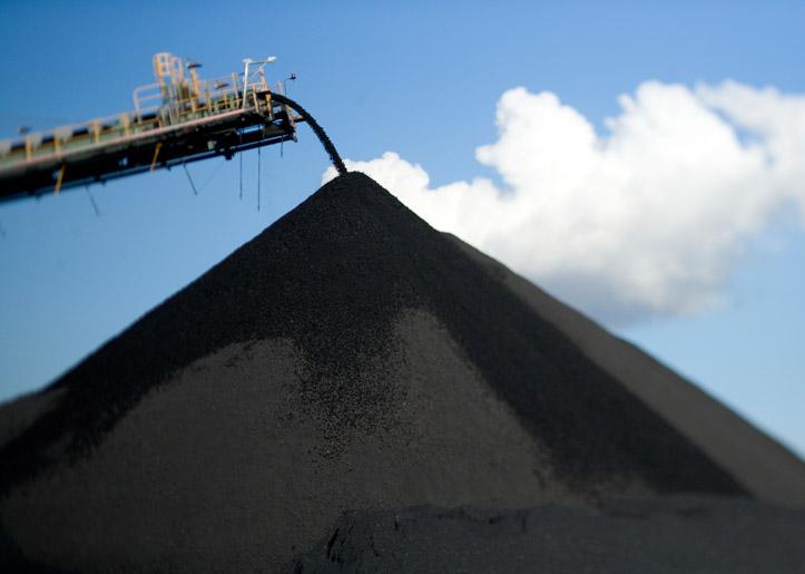 China to close more than 1000 coal mines