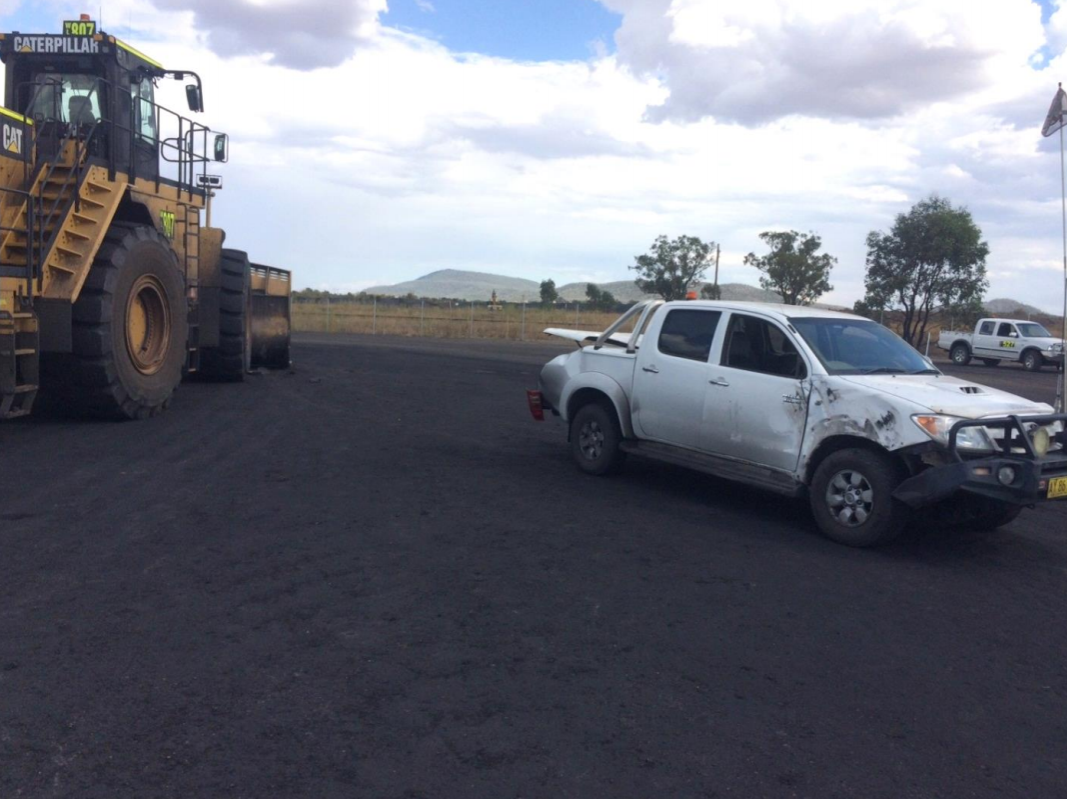 Front-end loader and light vehicle collide at NSW mine